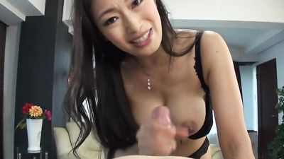 Experienced skin sucks small dick China man